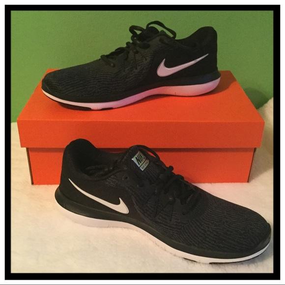 3dfabf995a0 NWT Nike Flex Supreme TR6 Training Sneaker NWT